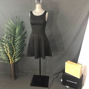 H&M Divided LBD Size 6